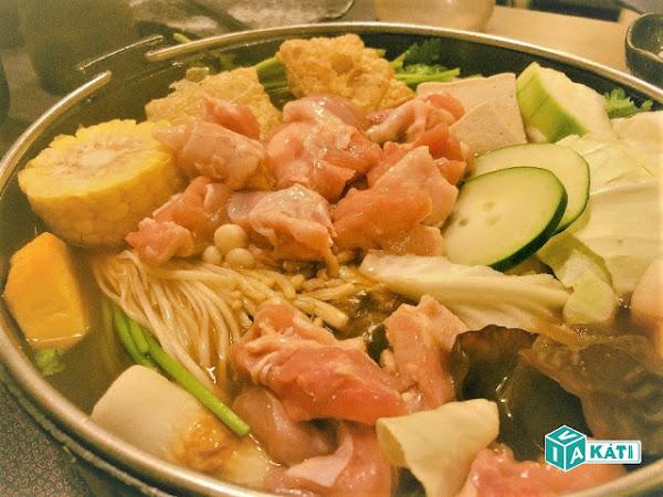 花葵壽喜燒:超厚雞腿肉.鍋物吃到飽!金前區|高雄美食.台灣食記