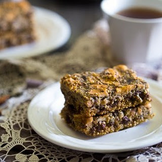 Slow Cooker Quinoa Energy Bars - Snack in your slow cooker!