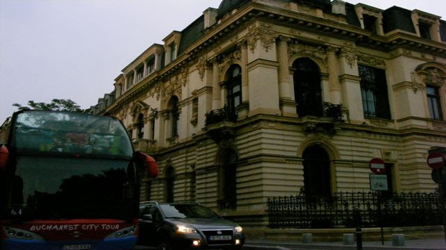 AUDIO GUIDES BUCHAREST CITY TOUR