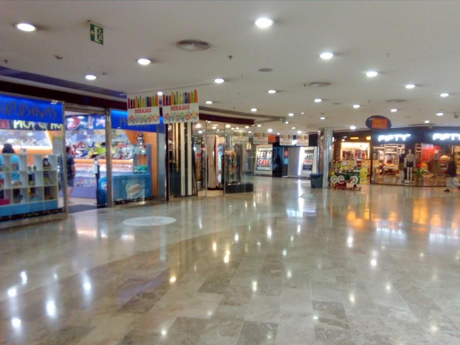 Foto Centro Comercial Praza Elíptica 6