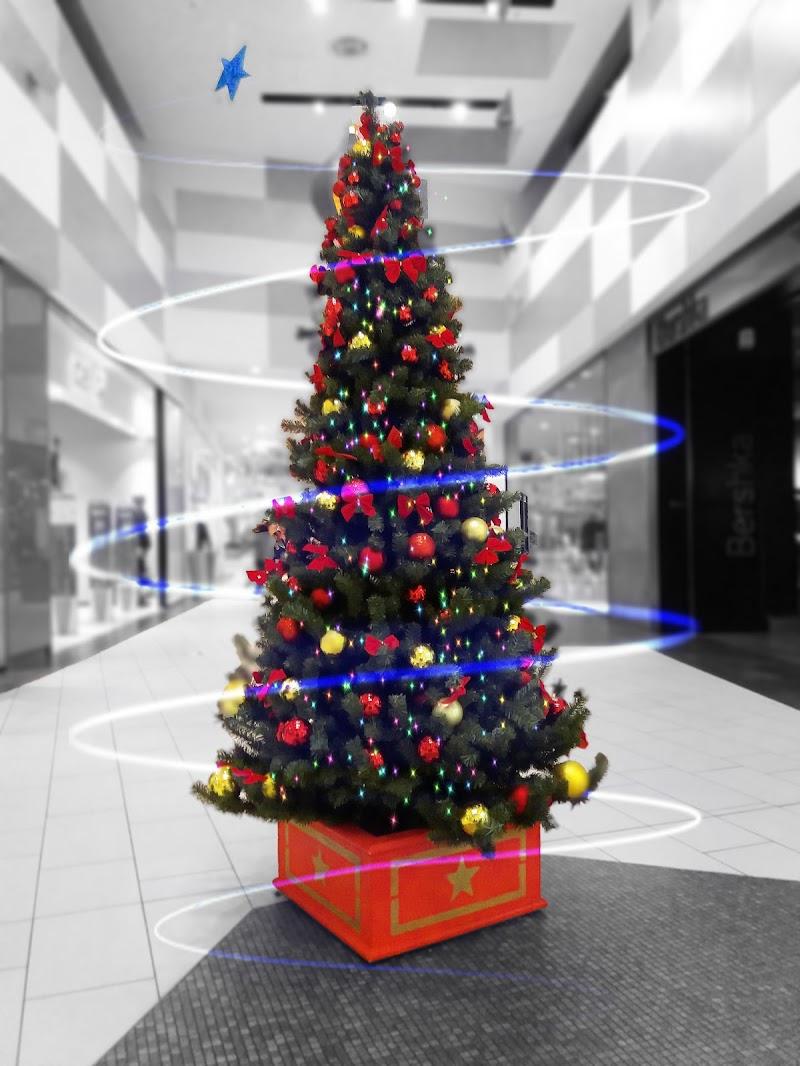 Il Natale muove una bacchetta magica sul mondo ed ecco, tutto è più dolce e più bello! (Norman Vincent Peale) di _Chiara_
