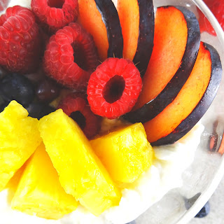 Cottage Cheese & Fruit Breakfast Bowl