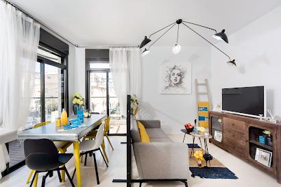 Zrubavel Street Serviced Apartment