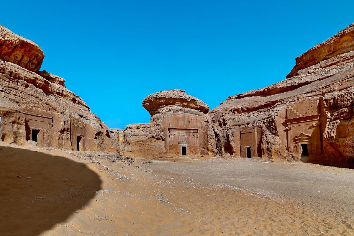 Tombs of Hegra - Al-Hijr Archaeological Site (Madâin Sâlih) — Google Arts & Culture
