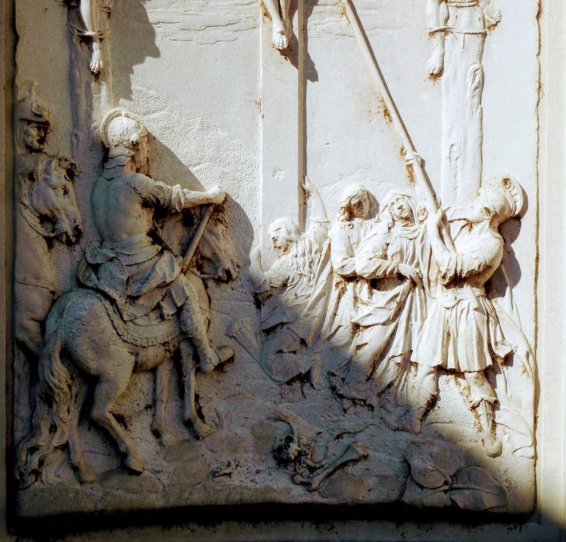Győr - Frigyláda-szobor a Gutenberg téren