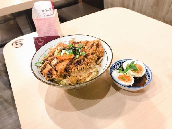 加家食堂(舒肥料理.丼飯.烏龍麵)