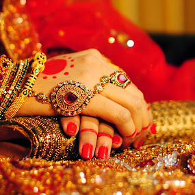 hands by Moin Ally - People Body Parts ( brida, red, hands, nails, bride, pwchandsandfeet, polish )