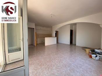 appartement à Saint-Maximin-la-Sainte-Baume (83)