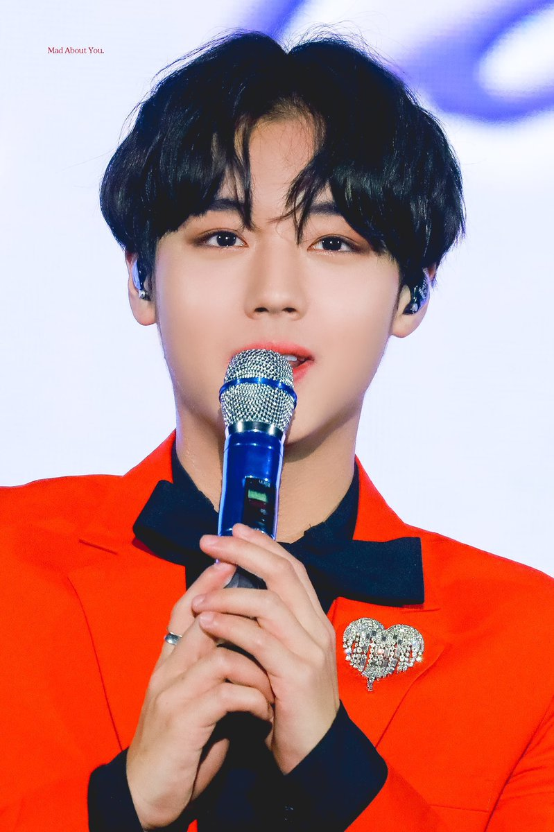 top best looking idols 5