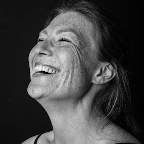 Happy freckled by Corine de Ruiter - People Portraits of Women ( laughing, ginger, happy, redhead, freckles, sproeten )