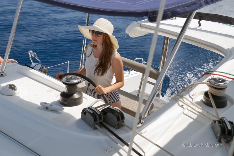 Хочу на яхту! Яхтенный поход.   9FsBr5