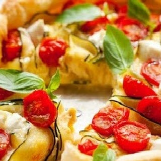 Tomatoes And Zucchini With Basil Quiche