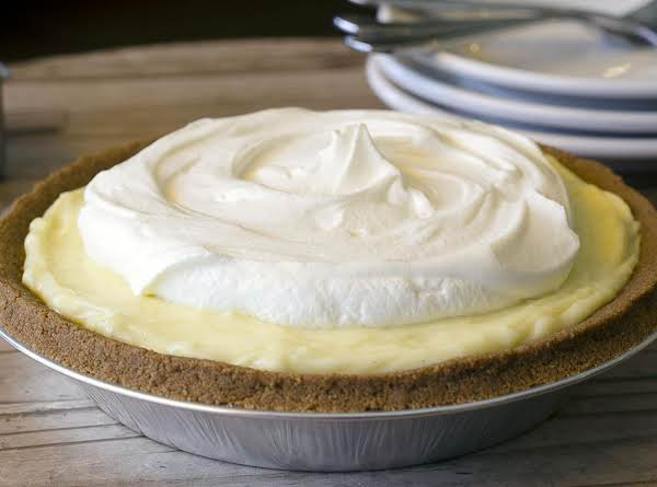 Shaleah's Banana Cream Pie