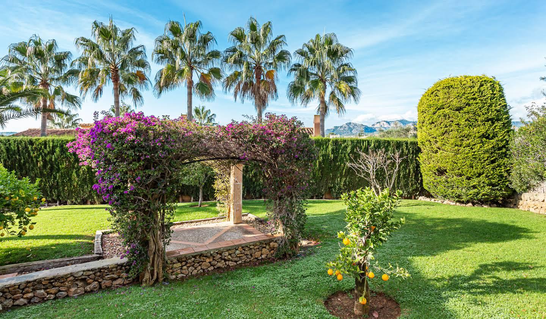 Villa avec piscine en bord de mer Calvià