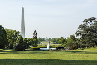 Photo: View from the White House onto the monuments