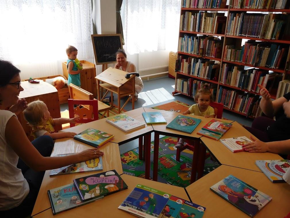 Babafoglalkozás a Hild Könyvtárban