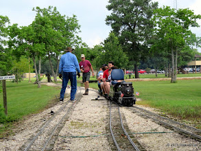 Photo: Doug Blodgett heard a noise and stopped to look.  His tender and the first passenger car came uncoupled.     HALS Public Run Day 2015-0516 RPW