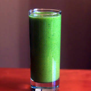 Spinach Pineapple and Banana Smoothie.
