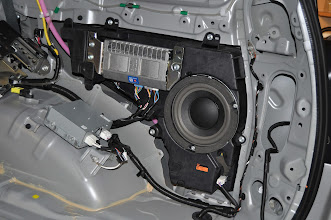 Photo: Amp,Sub and Inverter
