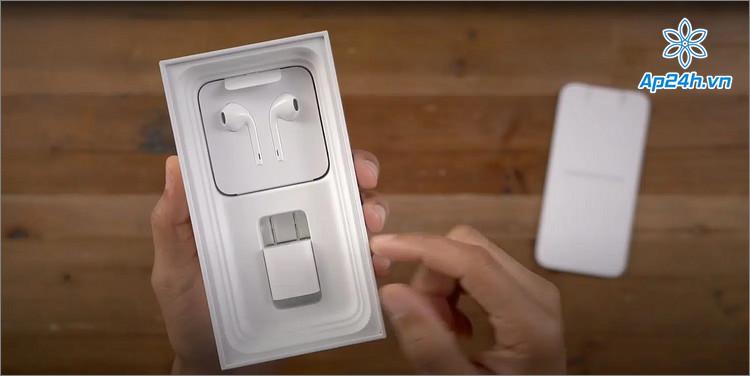 Apple buộc phải cung cấp bộ sạc cho người mua iPhone ở Sao Paulo