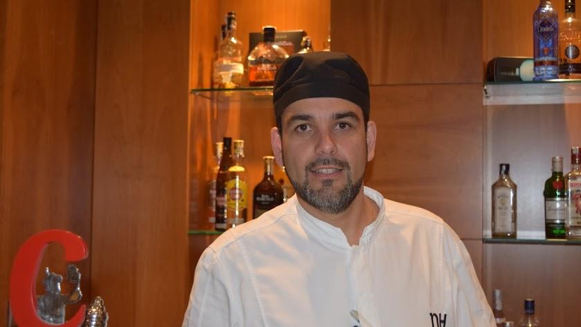Salvador Otero, chef del catering Lima Roja.