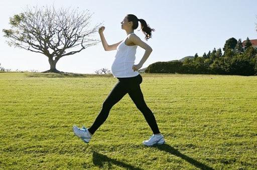 Những việc mẹ bầu nên làm buổi sáng để thai nhi phát triển thể chất và trí não