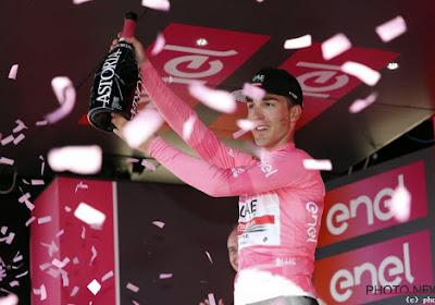 Voormalige roze trui staakt vier ritten voor het einde de strijd in de Giro