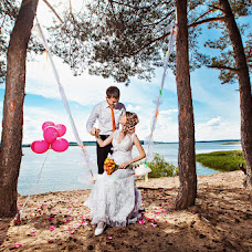 Wedding photographer Aleksey Kalmykov (Kalmykov). Photo of 12.03.2014