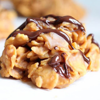 No Bake Cookies With Peanut Butter And Corn Flakes Recipes.