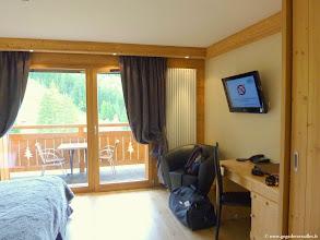 """Photo: #005-Notre chambre à l'hôtel """"Les sapins"""" à Manigod."""