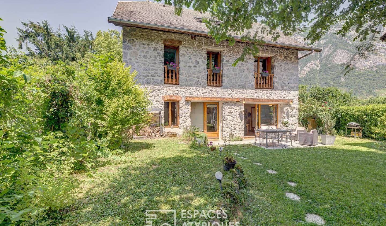 Maison avec terrasse Francin