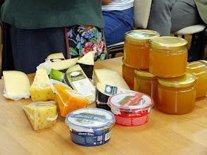 """Photo: Rambyno regioninio parko produkto ženklą gavo ir AB """"Vilkyškių pieninės"""" sūris."""
