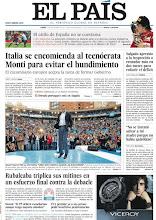"""Photo: En nuestra portada del lunes 14 de noviembre, """"Italia se encomienda al tecnócrata Monti para evitar el hundimiento"""", """"Rubalcaba triplica sus mítines en un esfuerzo final contra la debacle"""" y más noticias: http://www.elpais.com/static/misc/portada20111114.pdf"""