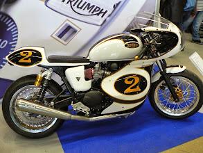 Photo: Triumph Truxton préparée par Equip moto St Malo