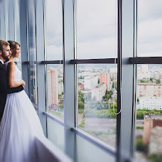 Wedding photographer Lena Varova (lenavarova87). Photo of 19.10.2015