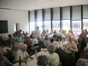 Photo: Viele singen kräfig mit bei unserem Volkslieder-Ptpourri