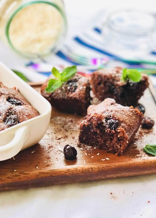 Gluten Free Almond, Sour Cherries And Raw Organic Recipe