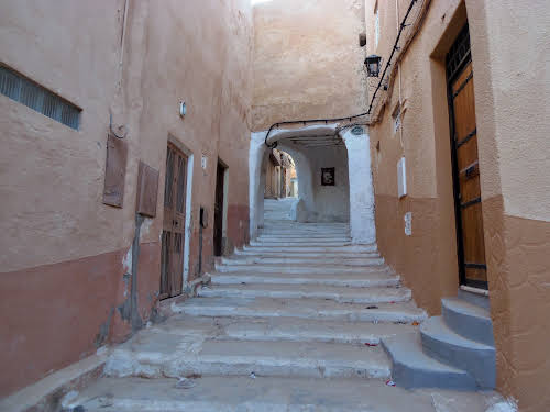 Street in the old town of Beni Isguen, in Ghardaïa