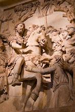 Photo: Marcus Aurelius -aiheinen kiviveistos Capitoliumin museoissa.