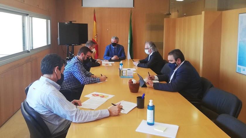 Reunión hoy en la Delegación de Salud.