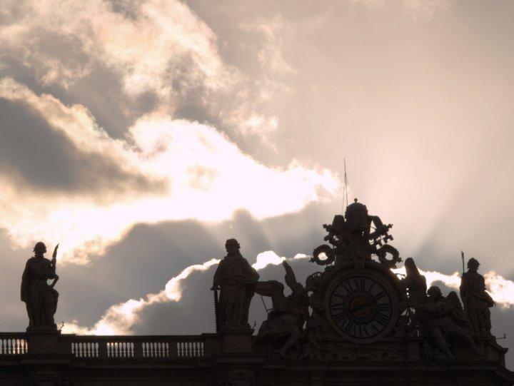 empireo di uomo delle nuvole