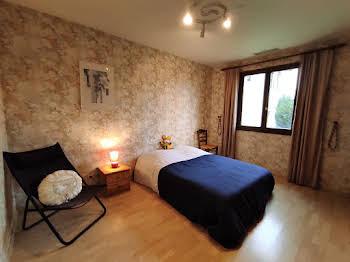 Maison 11 pièces 192 m2