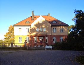 Photo: Vackra Härjarö Herrgård var platsen när Stickfest i Väst begav sig västerut för stickfesten Tor