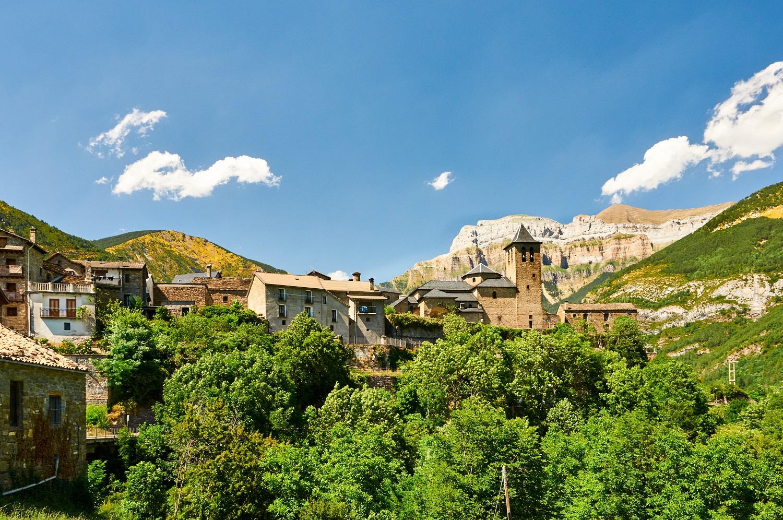 Torla, pueblo del Valle de Ordesa en Huesca