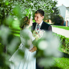 Wedding photographer Yuriy Tublicev (fotografNP). Photo of 09.06.2015