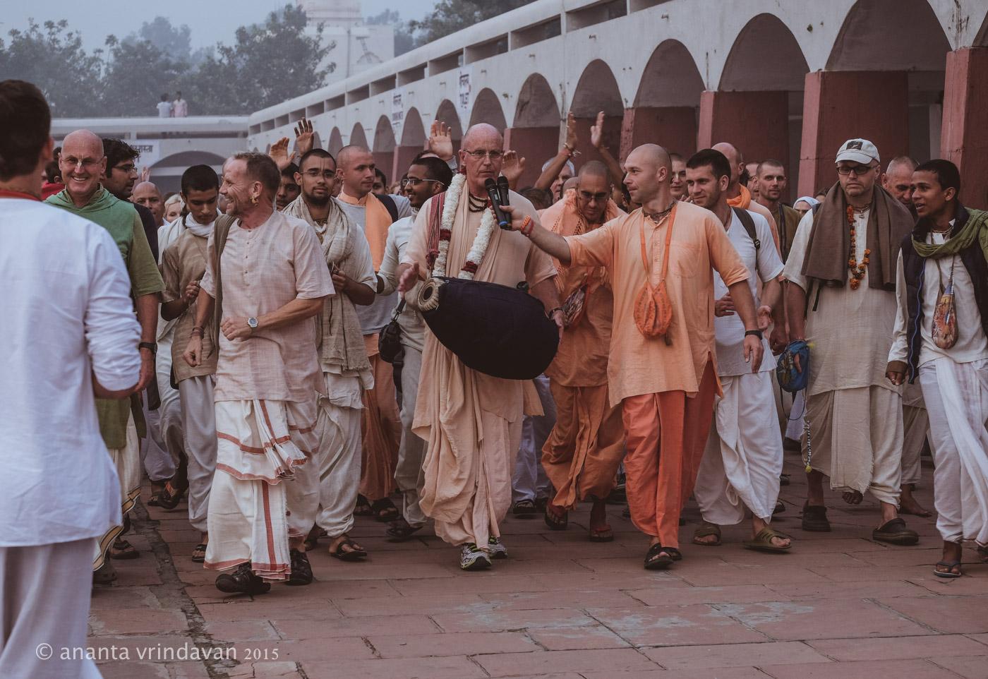 HH Indradyumna Swami leading Sankirtana at Kurukshetra