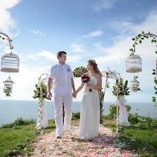 Wedding photographer Alena Steputenko (AlyonaSteputenko). Photo of 22.04.2014