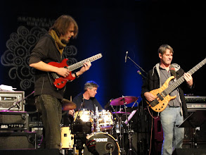 Photo: Alex Machacek, Jeff Sipe, and Neal Fountain soundcheck