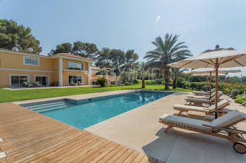 Villa 550 m2