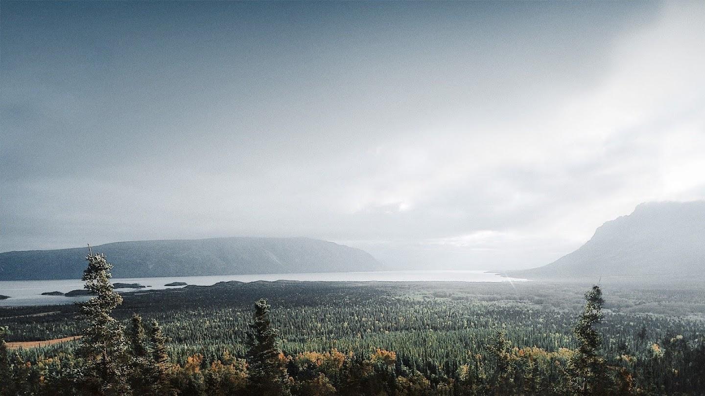 Watch Edge of Alaska live